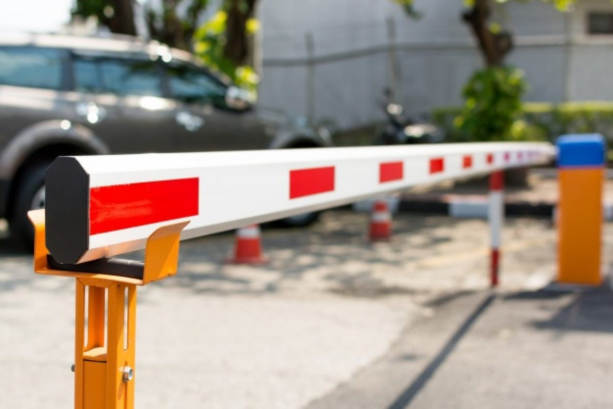 automatic-barrier-gate_35966-7